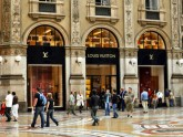 Is-Rima-v-Milan-shopping